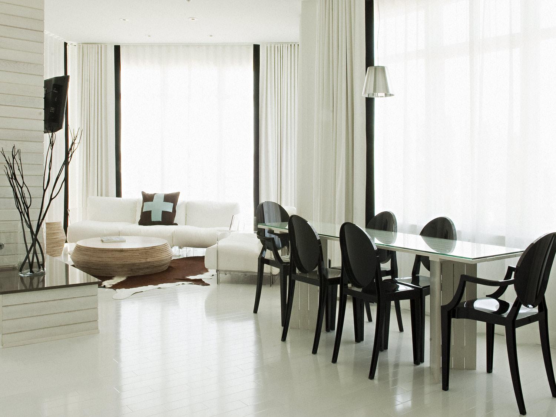 Bungalow Hotel Living Room Design Dining